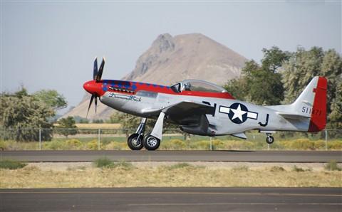 Airshow-P51-Landing 4