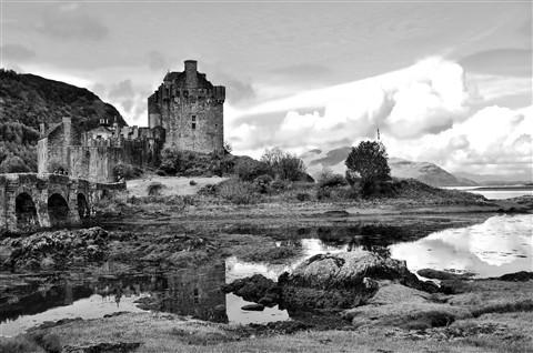 M Castle landscape1