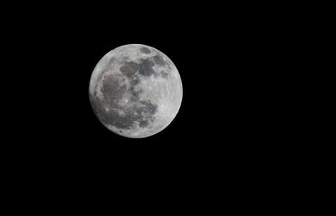 Moon_240213_l