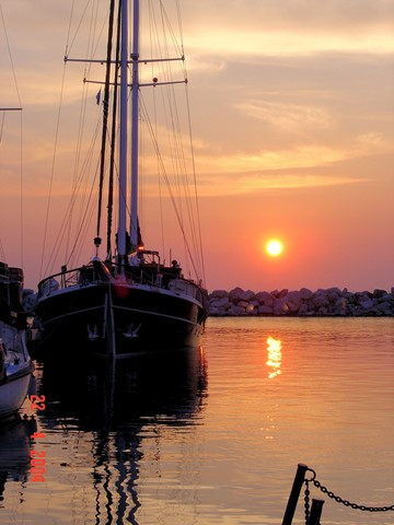 Schooner sunset 1774 e