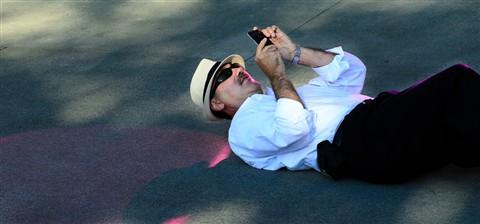 Photographer 64 (20120819223)