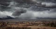Storm's-a-comin