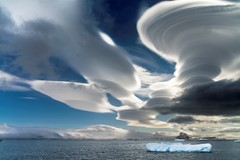 Lenticular clouds above the Antarctica