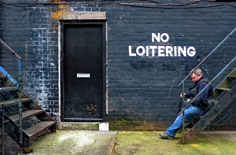 no loitering copy