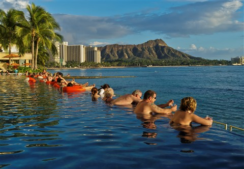 Diamondhead over the Infinity Pool at the Sheraton (3 of 1)_DxO
