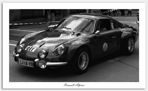 Renault Alpine B&W