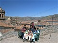 Hole family in Cusco, Perú