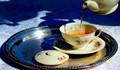 Five o'clock tea !
