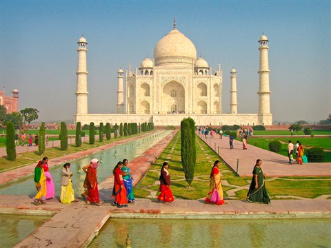 Colorful Saris And The Taj Mahal Tx Photo Doc Galleries Digital Photography Review Digital