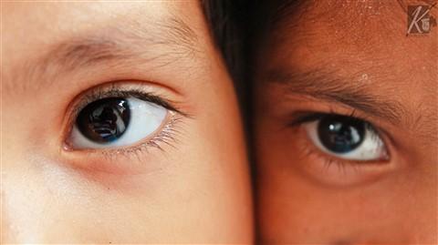 Eye's'