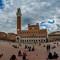 siena-piazza-del-Campo-torre-del-mangia-crop: