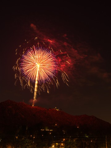 mt rub fireworks (1 of 1)-3