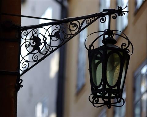 Streetlight in Gamla Stan