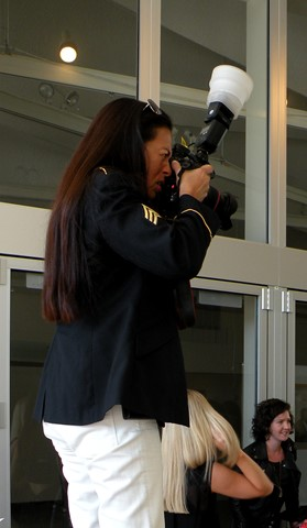 2013-10_Women_Photographer