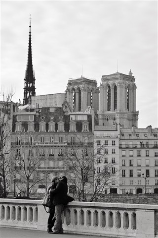 Parisian kiss...