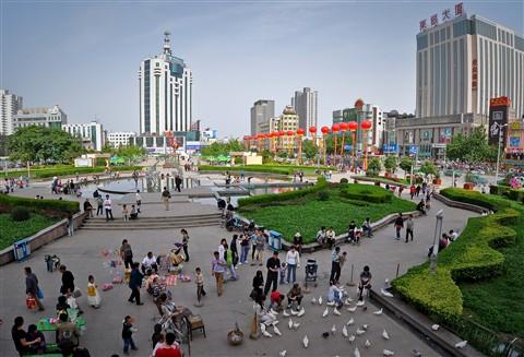 Xianyang Renmin Square