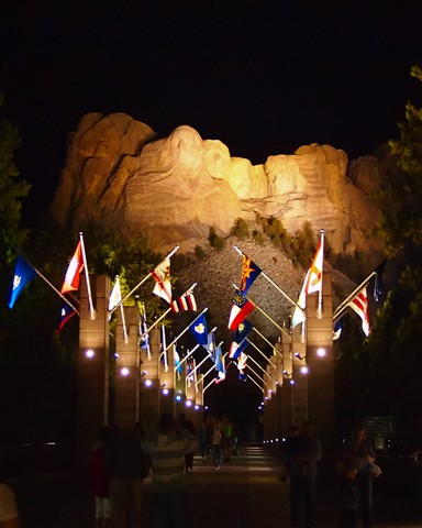 Lighted Mount Rushmore small