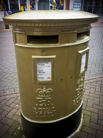 Golden Post Box_1
