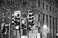 london snow traffic lights