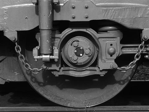 trainwheel2003-canong2