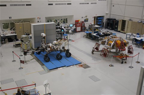 Assembling of Curiosity at JPL in  Pasadena