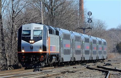 New Jersey Transit PL42-AC 4016
