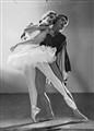 Tamara Toumanova & Serge Lifar, Swan Lake, Sydney, 1939-1940 / photographed by Max Dupain