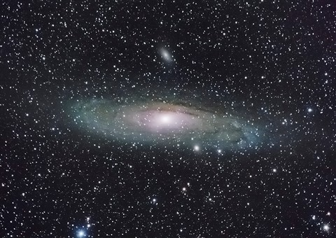 Andromeda Galaxy FZ200 Final