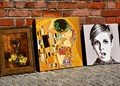 Paintings at Old Town-Warsaw<Poland