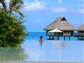 Bora Bora Pool