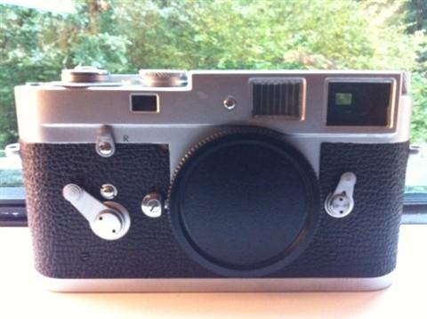 _Leica 1