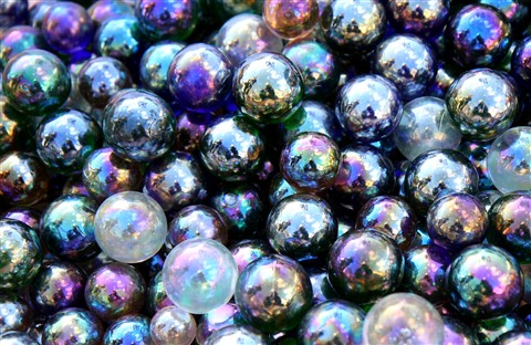 Iridescent Spheres