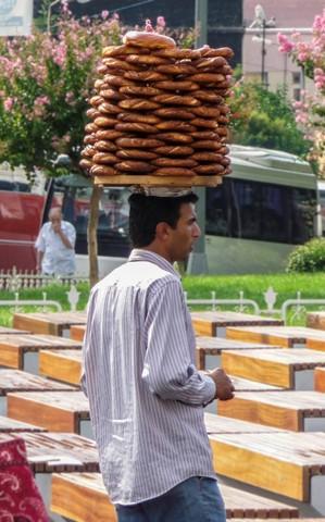 Istanbul Pretzel Hat