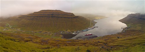 Faroes Islands: Fjord