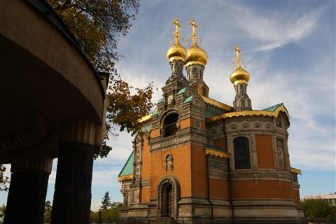 20121018__044 Russiche Kapelle hinter Baldachinbrunnen