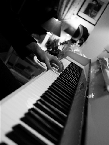 romain_piano-reduced